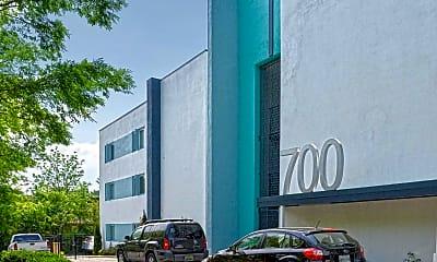Building, 700 Condominium Apartments, 1