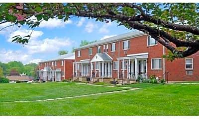 Building, Concord Court Apartments, 1