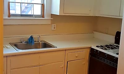 Kitchen, 771 Madison Ave, 2