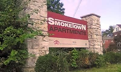 Smoketown Apartments, 1