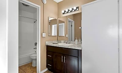 Bathroom, Riverside Villas Apartments, 2
