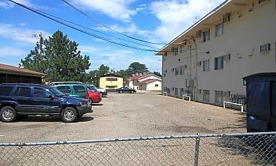 Sunset Park Apartments, 2