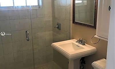 Bathroom, 1915 N Hibiscus Dr, 2