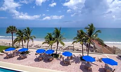 Pool, 4800 Florida A1A 307, 2