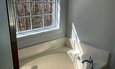Bathroom, 129 Bayside Dr, 2