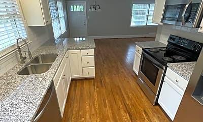 Kitchen, 100 Carolina Cir, 0
