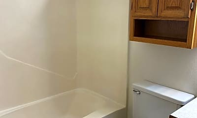 Bathroom, 2626 Pacific Dr S, 2