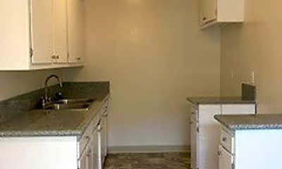 Kitchen, 5020 Linden Ave, 2