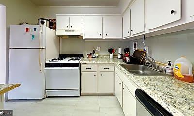 Kitchen, 2622 Fort Farnsworth Rd 216, 1