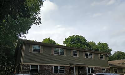 Colonial Manor Apartments, 2