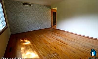 Living Room, 241 E Cherrywood Dr, 1