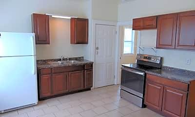 Kitchen, 1442 S Chestnut Ave, 1