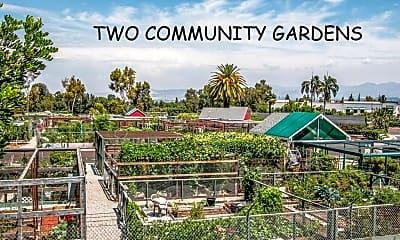Community Signage, 2156 Via Mariposa E D, 2