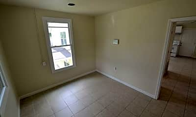 Bedroom, 824 E Polk St, 2