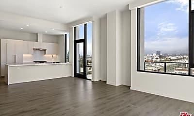 Living Room, 2435 S Sepulveda Blvd 200, 0