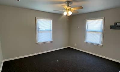 Bedroom, 307 McKnight Dr, 2