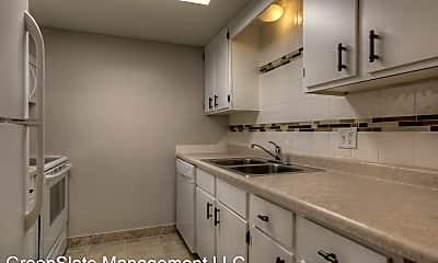 Kitchen, 124 S 38th St, 1