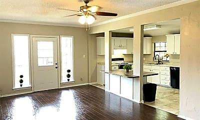 Living Room, 6287 Pockrus Page Rd 1/2, 1