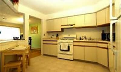 Kitchen, 47 Drake Ln, 1