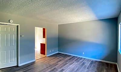 Living Room, 9817 San Gabriel Ave, 0
