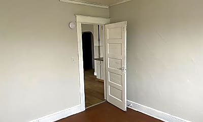 Bedroom, 202 Oak Hill Ave, 1