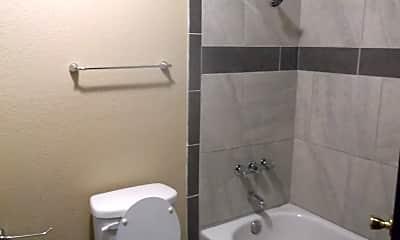 Bathroom, 508 Peppertree Ln, 2
