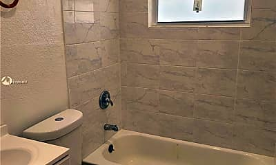 Bathroom, 22300 SW 117th Ave 2, 2