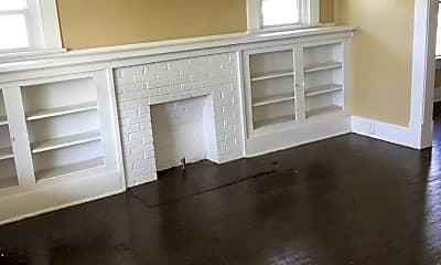 Living Room, 2201 N I St, 1