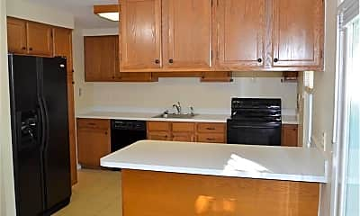 Kitchen, 3373 Grovewood Dr, 1