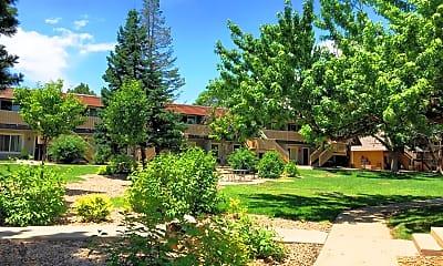 Building, Landon Park Apartment Homes, 1