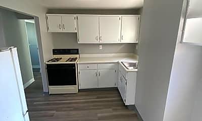 Kitchen, 2903 Sussex Ave, 1
