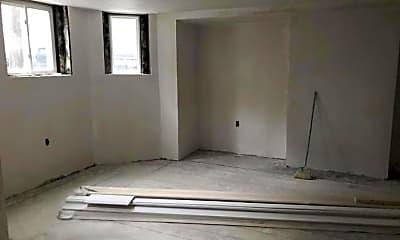 Kitchen, 246 W Fifth St, 1