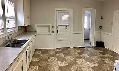 Kitchen, 405 Carrier St NE, 1