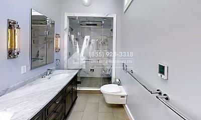 Bathroom, 1407 Kansas St, 2