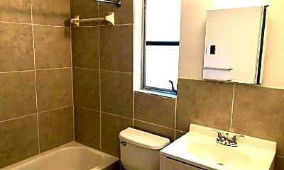 Bathroom, 1135 Highland St N, 1