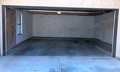 Building, 1001 Mohawk St, 1