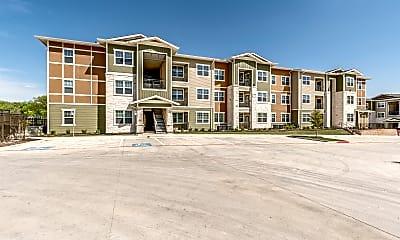 2900 Broadmoor, 1