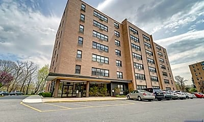 Building, 2352 Linwood Ave 5C, 0