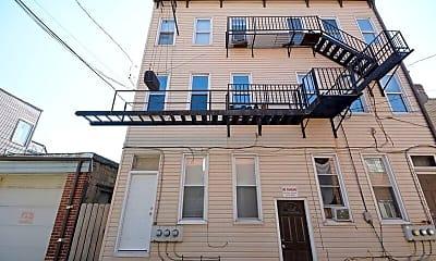 Building, 509 Thropp St, 0