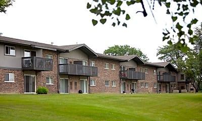 Building, Hinsdale Lake Terrace, 2