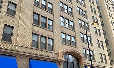 Building, 740 S Federal St 1203, 0