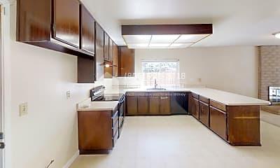 Kitchen, 11 Sheila Court, 1