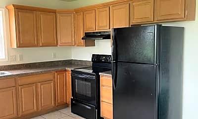 Kitchen, 111 Coppahaunk Ave, 1