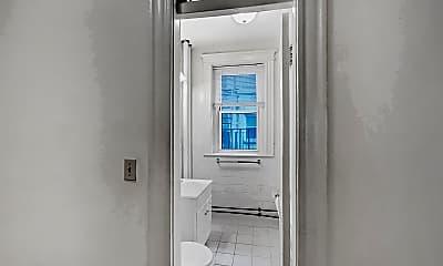 Bathroom, 111 Park Drive, Unit 25, 2