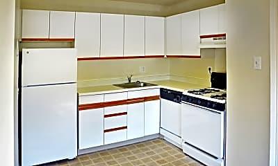Kitchen, Jamestown Village Apartments, 1