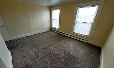 Living Room, 1358 Elm St, 1
