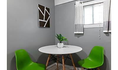 Dining Room, 21-01 41st St, 1