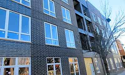 Building, 2217 W Madison St 311, 0
