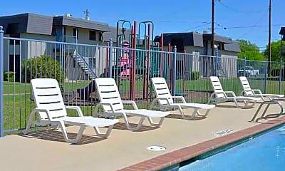 Pool, Denton North Apartments, 2