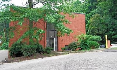 Building, 1954 Amato Dr, 2